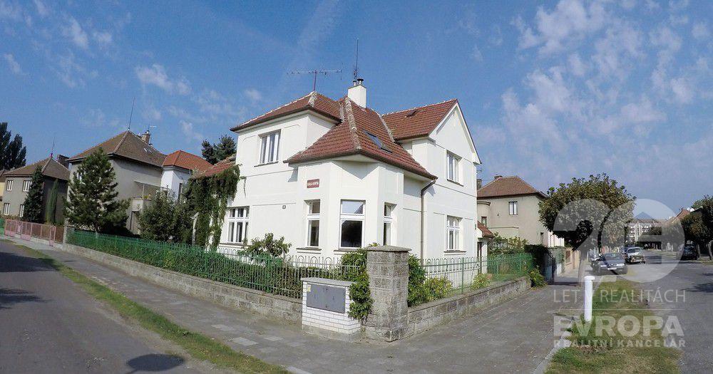 Prodej vily 249 m, pozemek 649 m Přibyslavská, Poděbrady