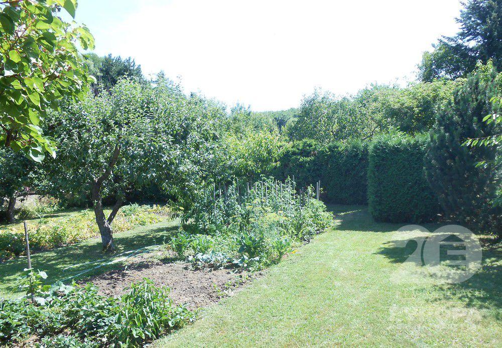 Prodej zahrady 507m2 s chatkou Chvaletice