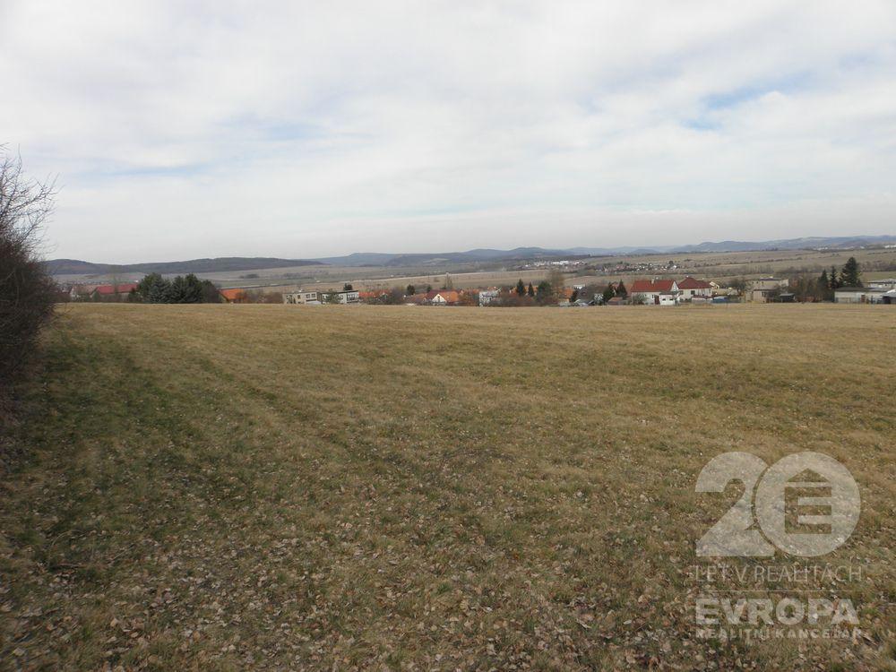 Prodej pozemku určeného pro výstavbu rodinných domů, Újezd u Hořovic