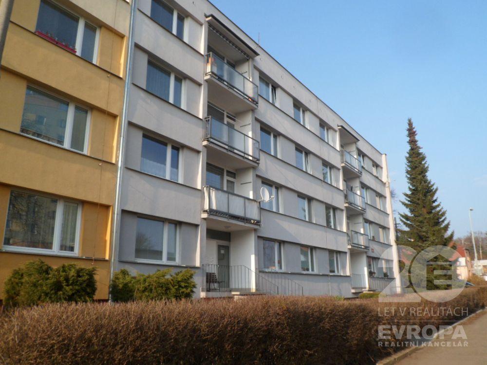 Ústí nad Labem - sídliště Hornická-Stará / Prodej bytu 2+1 o výměře 59 m2 v klidné části sídliště