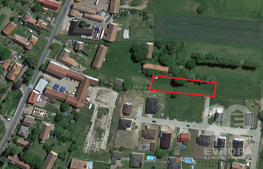 Prodej stavebního pozemku 1.821 m2 v obci Ostřešany, okres Pardubice