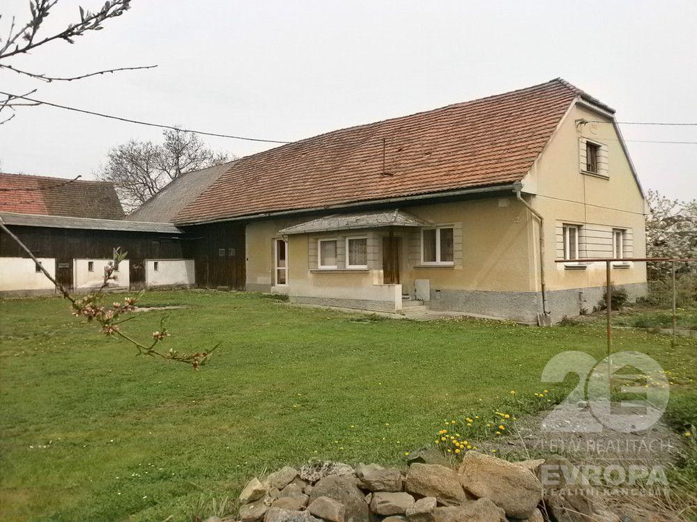 Prodej rodinného domu, 3+1 150m2, pozemek 997m2, Dožice