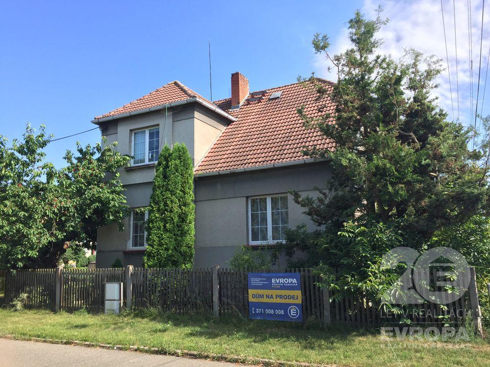 Prodej rodinný dům 190m2,  pozemek 936m2, obec Nezvěstice