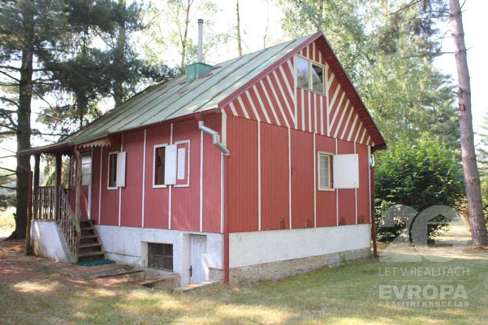 Rekreační chatka na krásném a klidném místě u obce Jaroslav