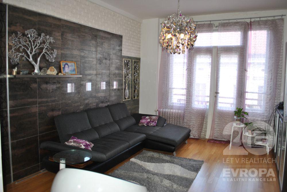 Prodej bytu 4+1, 100 m2, Za Poříčskou branou,