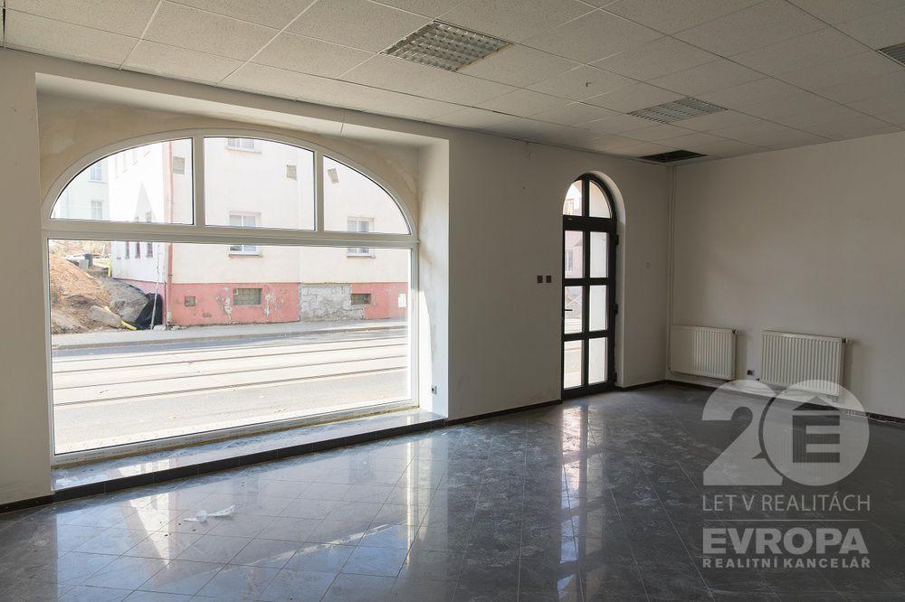 Pronájem obchodních prostor 100 m2, Hanychovská,