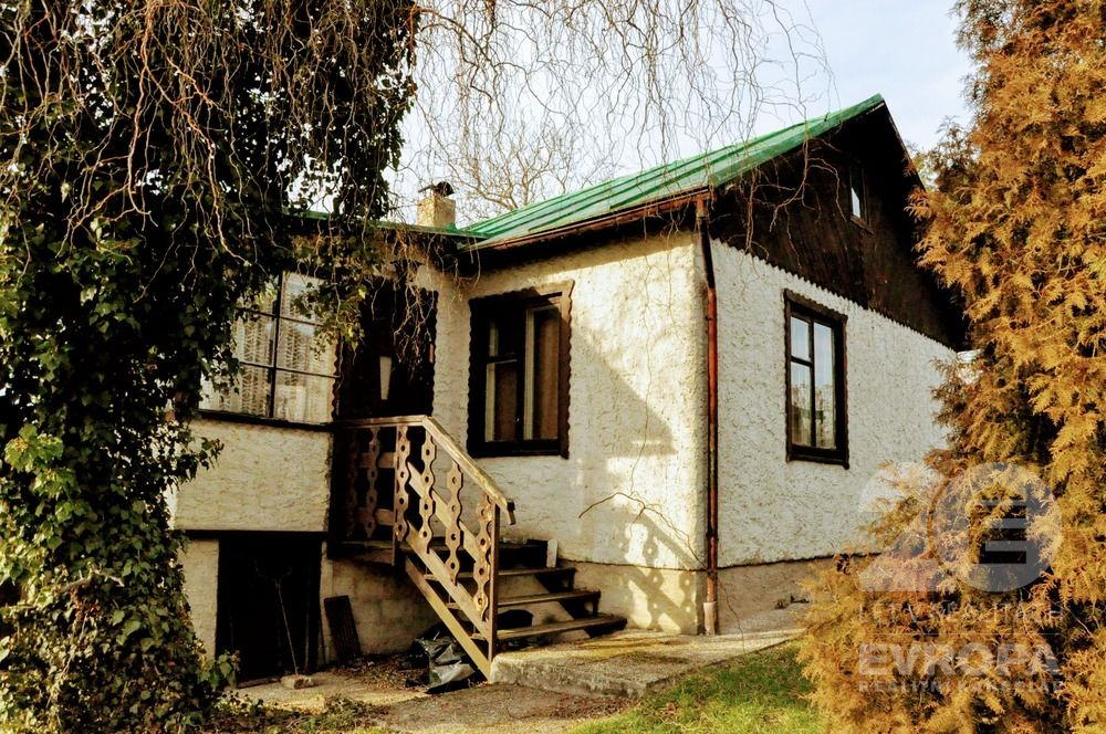 Chata na prodej, Zbraslav
