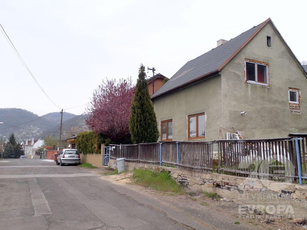 Ústí nad Labem-Mojžíř/Prodej rodinného domu s 1.