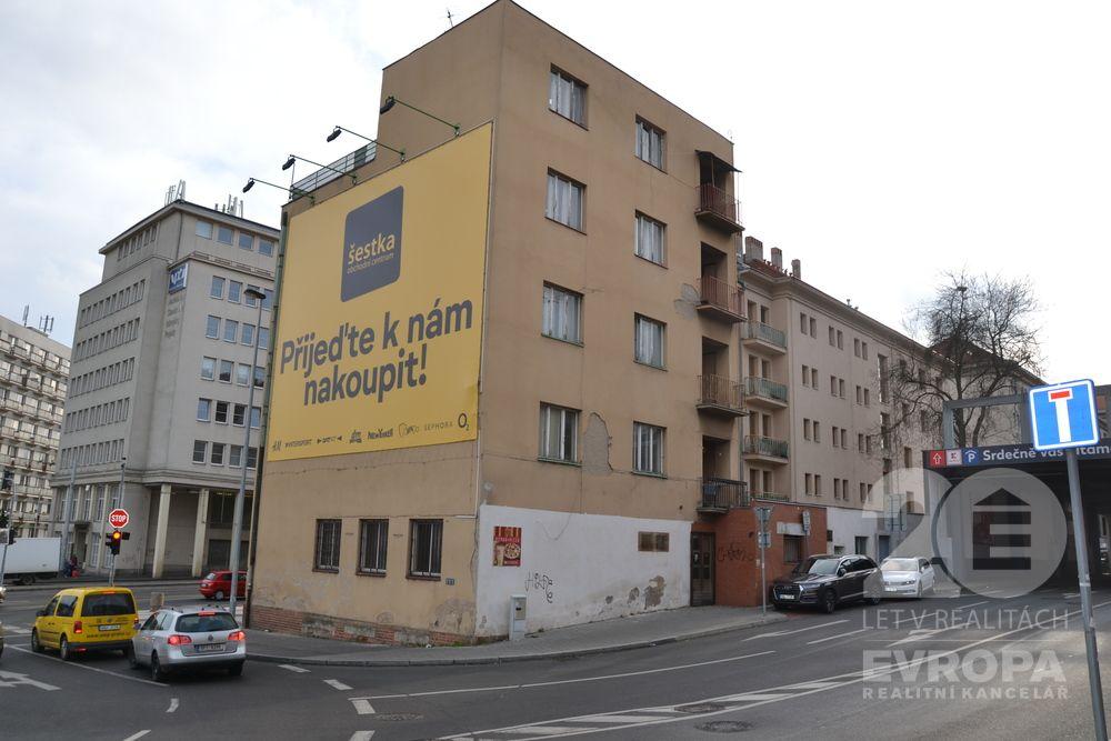 Skladové prostory na pronájem, Praha 6