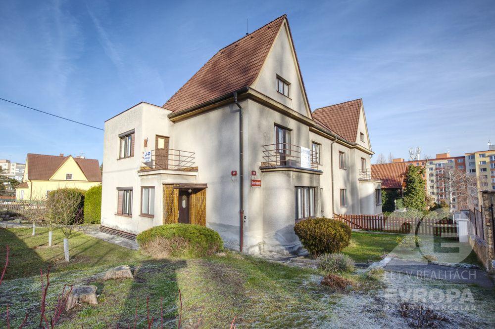 Prodej domu na pozemku o velikosti 646 m2 v Plzni - Bolevci.