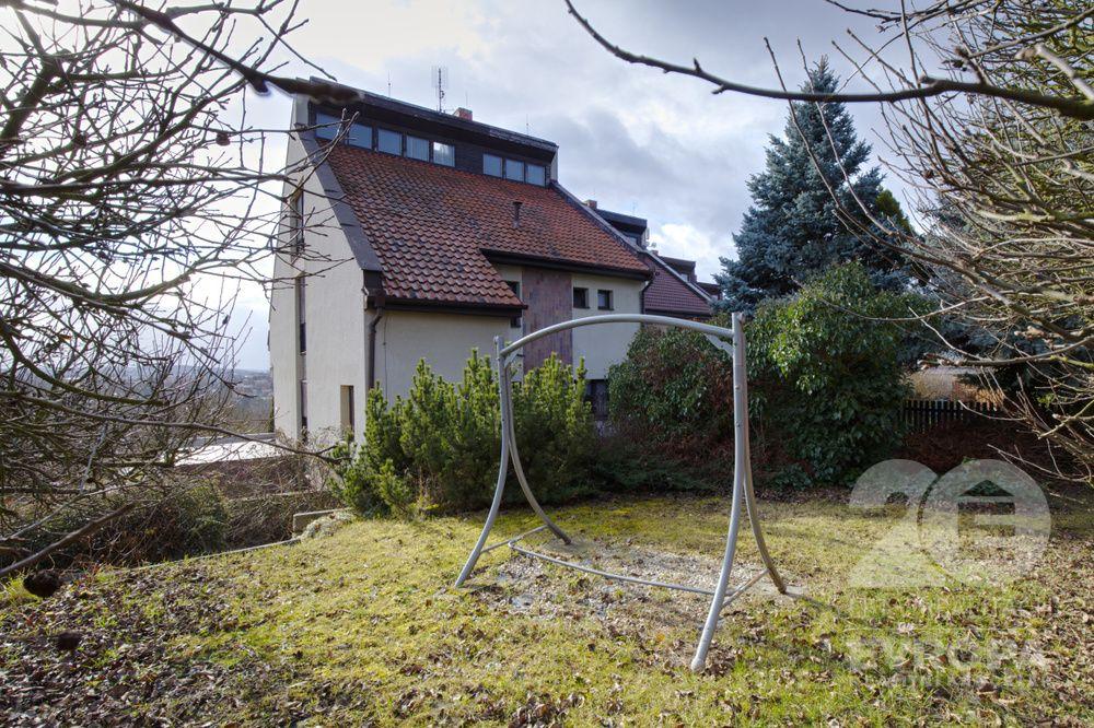 Prodej domu v Plzni-Lobzích v ulici Na Hraně na pozemku o velikosti 539 m2
