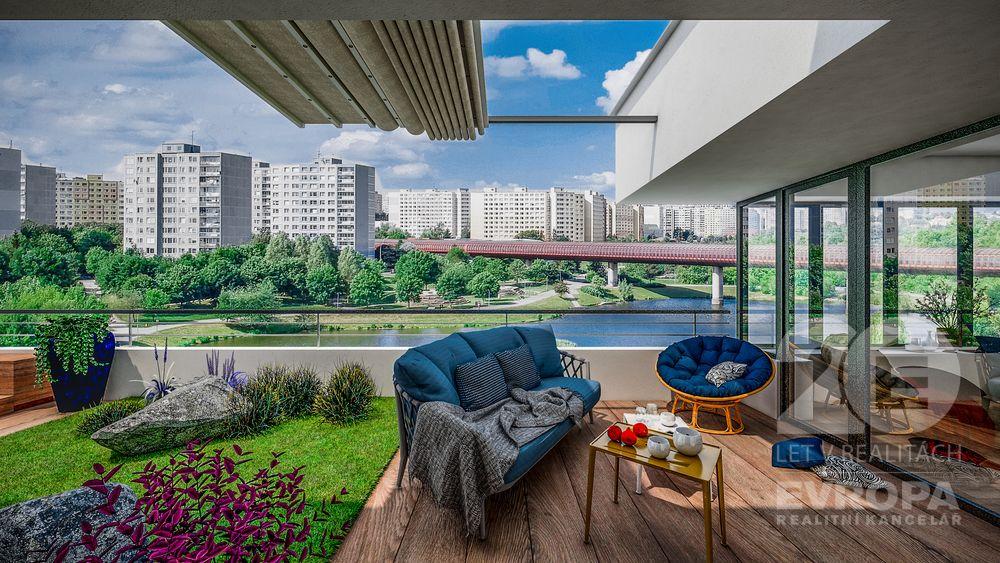Prodej bytu 2+kk, 56 m2, lodžie, 4. NP, OV, Praha