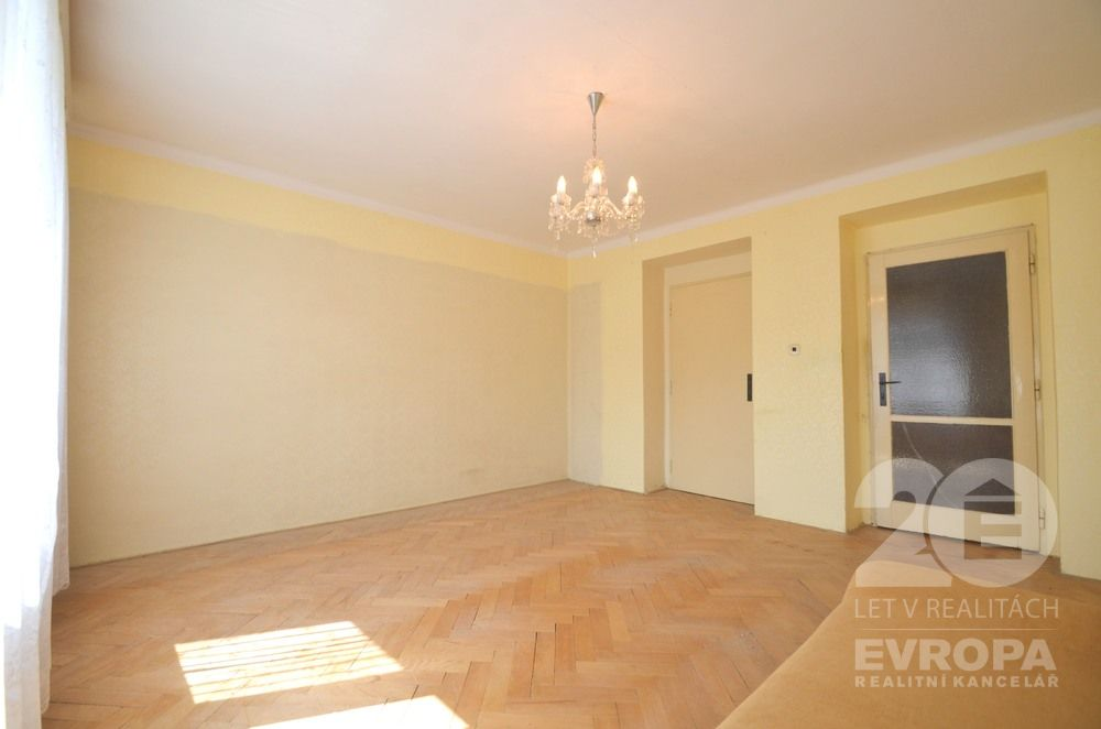 Prodej bytu 2+1, 53 m2, OV, sklep, Praha 6