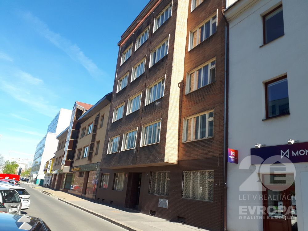 Prodej bytu 1+1, 35 m2, Praha 8 - Karlín