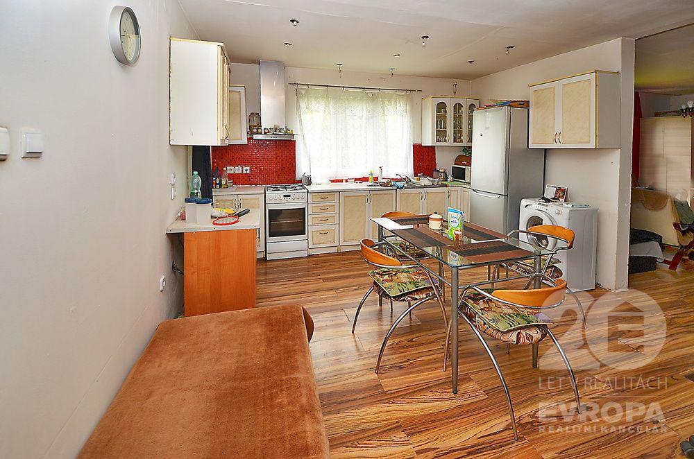 Prodej chaty 2x2+kk 120m2 pozemek 791m2 Družec