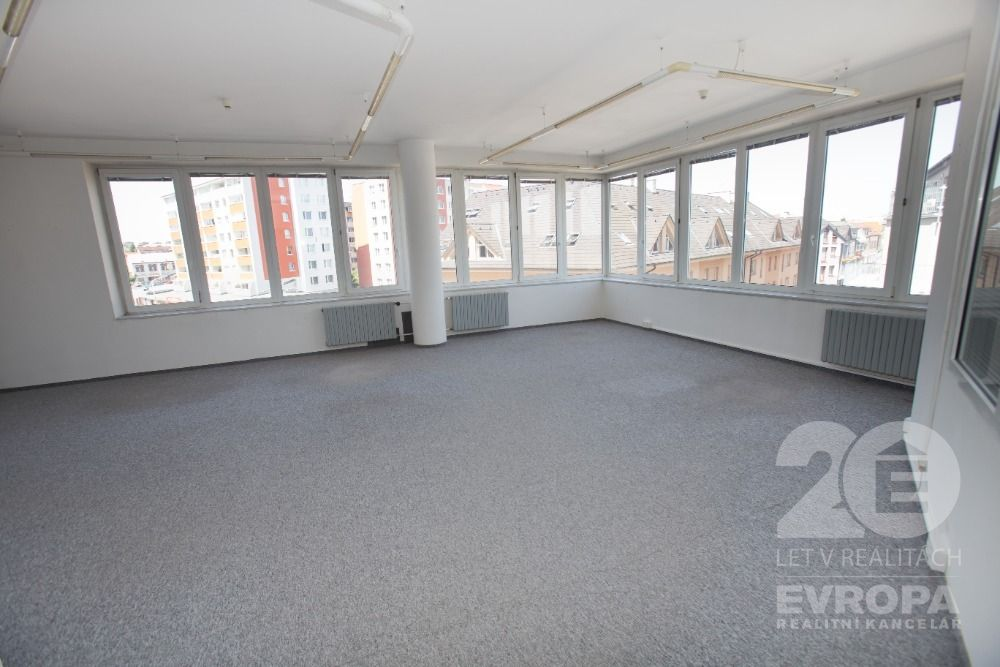 Prodej kanceláře 88,50m2