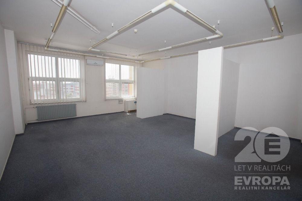Prodej kanceláře 82m2